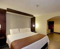 Rodeway Inn & Suites Medical Center Room Photos