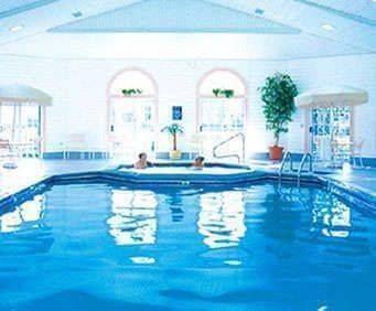 Comfort Inn Lakeside - Mackinaw City Indoor Swimming Pool