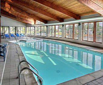 Best Western River Terrace Indoor Pool