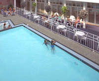 Outdoor Swimming Pool of Lake View Hotel