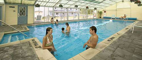 Thunderbird Inn of Mackinaw City Indoor Pool