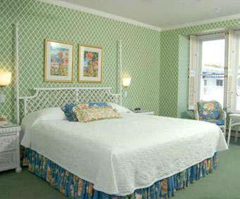 Hotel Iroquois Mackinac Island Room Photos