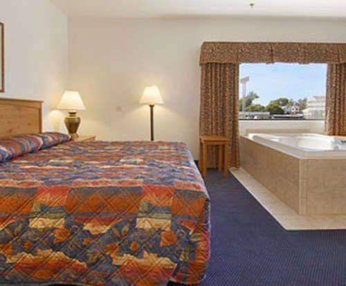 Jacuzzi Room Photo