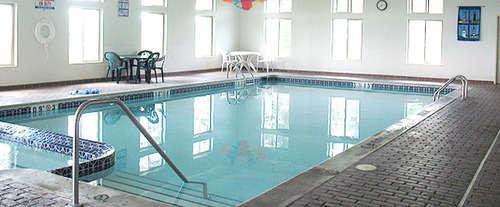 Pellston Lodge Magnuson Hotel Indoor Pool