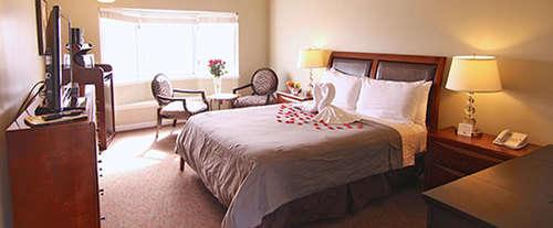 Photo of Harbor View Inn Half Moon Ba Room