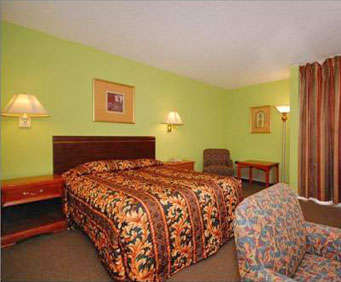 Econo Lodge Whippany Room Photos