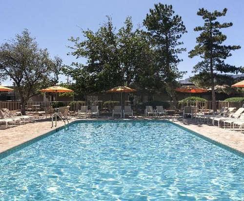 Outdoor Pool at Kayenta Monument Valley Inn