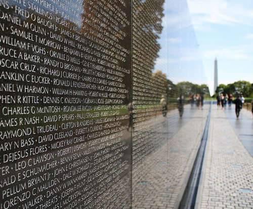 DC It All! Tour, war monuments