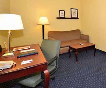 Comfort Suites Columbia Gateway Room Photos