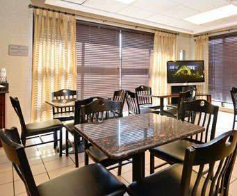 Best Western Executive Inn Memphis Dining Photo