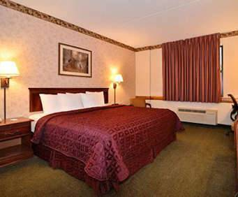 Room Photo for Comfort Inn & Suites Branson