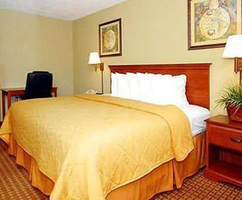 Photo of Quality Inn West Hwy 76 Room