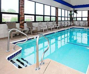 Quality Inn West Hwy 76 Indoor Swimming Pool