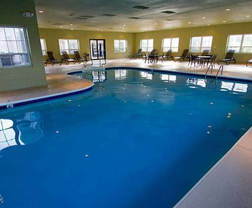 The suites at fall creek branson for Branson mo cabins with indoor pool