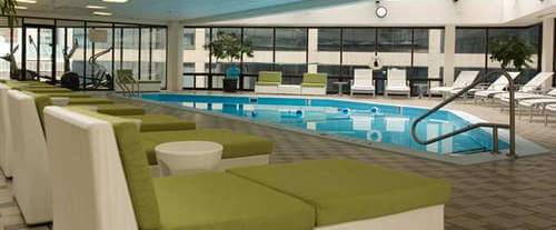 Outdoor Swimming Pool of Doubletree Hotel Nashville-Downtown