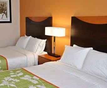 Photo of Fairfield Inn & Suites Nashville Opryland Room