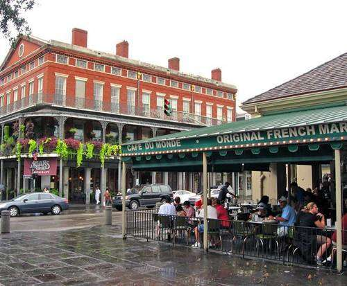 French Quarter Walking Tour, Cafe du Monde