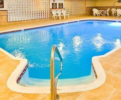 Comfort Suites North/Galleria Indoor Swimming Pool