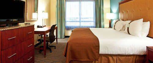 Holiday Inn Gulfport Airport Room Photos