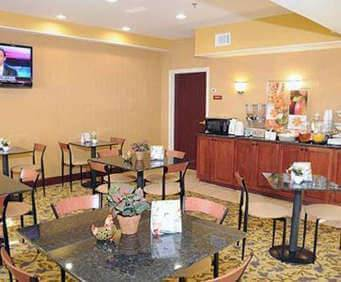 Sleep Inn & Suites Pooler, GA  Dining
