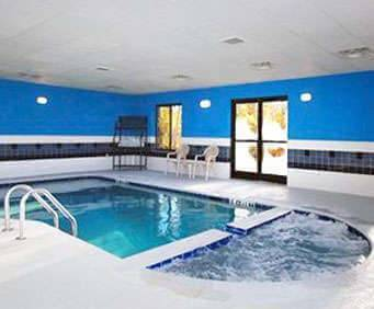 Comfort Suites Savannah North Indoor Pool
