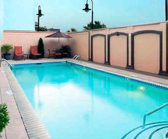 Outdoor Pool at Doubletree Hotel Savannah Historic District