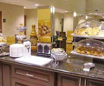 Hampton Inn & Suites Savannah - I-95 South - Gateway Dining