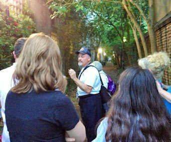 Charleston Walking Tour Guide