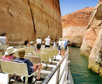 Panoramic Lake Powell Boat Tour