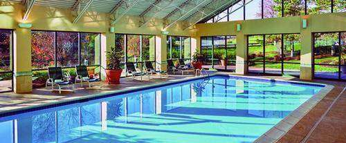 Doubletree Guest Suites Philadelphia West Indoor Pool