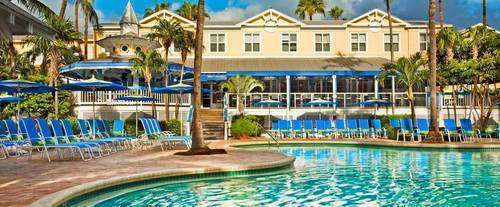 Outdoor Pool at Sheraton Suites Key West