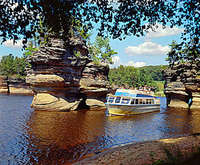 Lower Dells Boat Tour