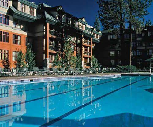 Outdoor Swimming Pool of Marriott's Timber Lodge