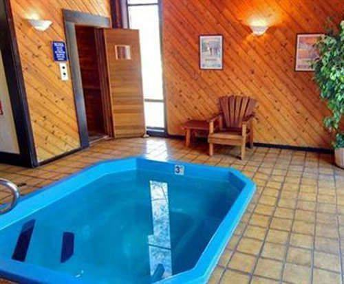 The Inn at Truckee Hot Tub Photo