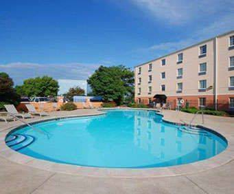 Outdoor Pool at Comfort Inn Westport