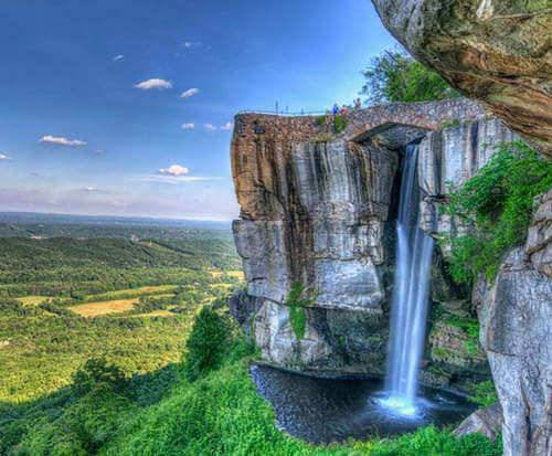 Lookout Mountain Attractions - Waterfall
