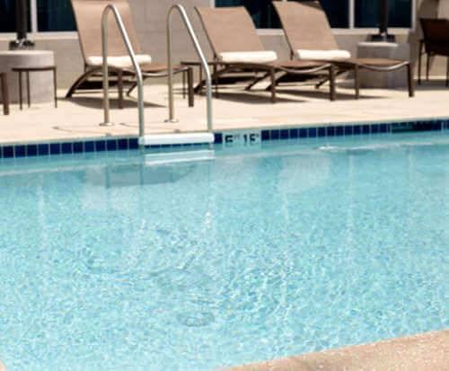 Outdoor Swimming Pool of Hyatt Place Ft Lauderd Arpt North