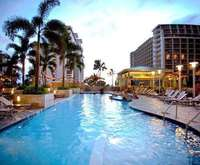 Embassy Suites Waikiki Beach W...