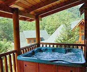 Smoky Getaways Cabins Hot Tub Photo