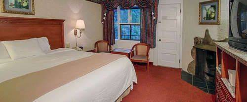 River Edge Motor Lodge Gatlinburg Room Photos