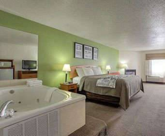 Photo of Sleep Inn & Suites Gatlinburg Jacuzzi Room