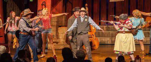 Hatfield & McCoy Dinner Feud Show, country show