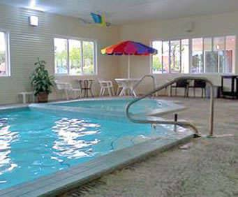 Courtyard Inn & Suites of Mackinaw City Indoor Pool