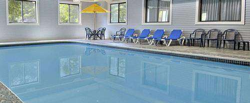 Super 8 Motel Mackinaw City Indoor Pool