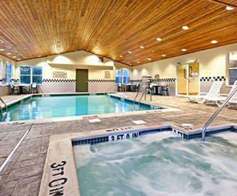 Outdoor Pool at Country Inn & Suites By Carlson Harrisburg / Hershey